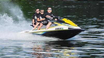 Jet Skis ,Motores de popa e Embarcações, Na Pinheiro você pode!